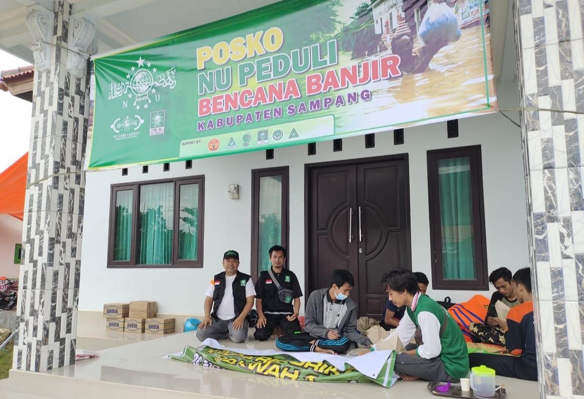 Sampang Banjir, NU Dirikan Posco Bantuan Peduli Banjir