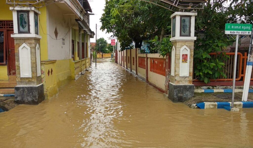 Curah Hujan Tinggi, Sampang Kembali Banjir