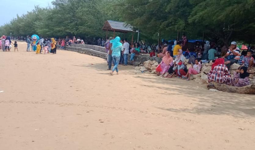 Dengan Prokes Ketat, Objek Wisata Tetap Buka di Sampang - Tahun Baru 2021