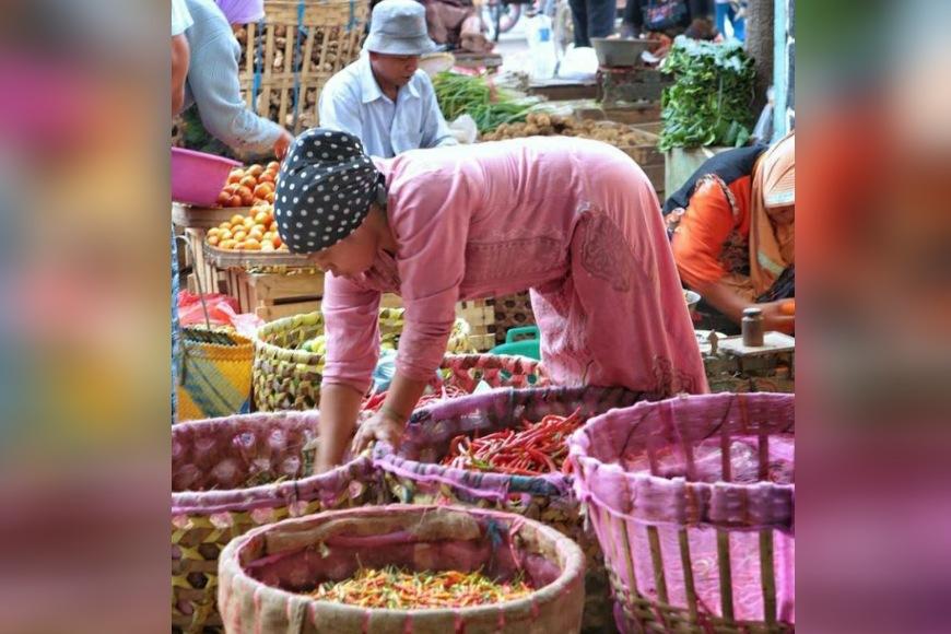 Harga Cabai Rawit di Pasar Srimangunan Sampang Tembus 90 Ribu Per Kilogram