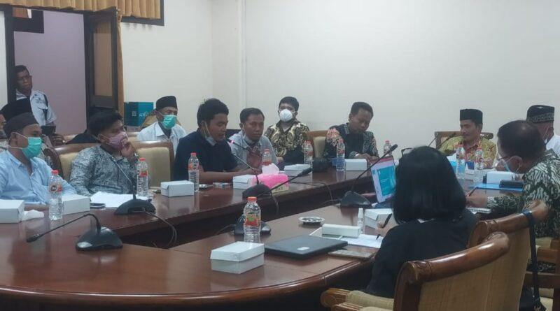 Aliansi Nelayan Terdampak Sampang Katakan Bantuan CSR Petronas, Banyak Tidak Tepat Sasaran