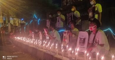 Gelar Aksi 100 Lilin, AJS Kecam Tindak Kekerasan Terhadap Jurnalis Tempo