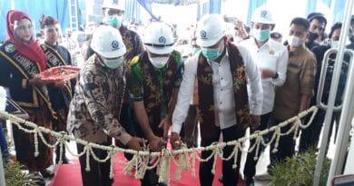 Berupaya Tingkat IPM Sampang, Poltera Resmikan Gedung Bengkel Konstruksi