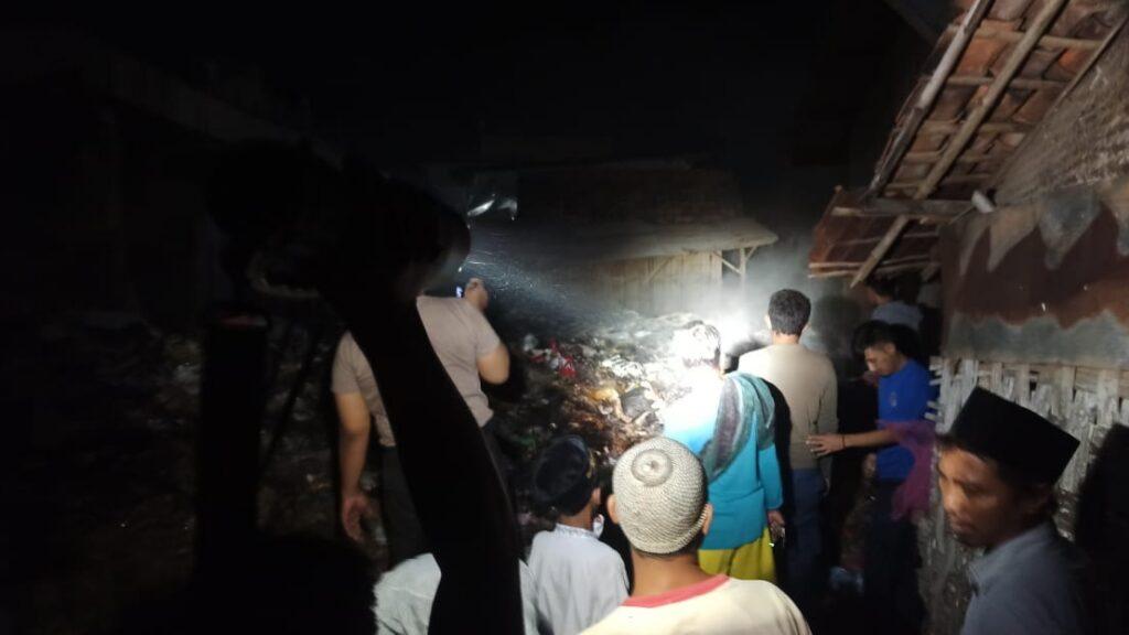 Gara -Gara Tumpukan Sampah, Pasar Omben Hampir Dilalap Si Jago Merah