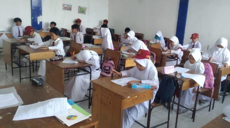 Tahun Ajaran Baru, KBM siswa di Sampang Batal Tatap Muka Tetap Daring