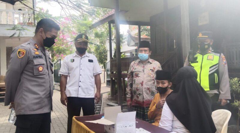 Proses Vaksinasi Covid-19 Mulai Menyasar Pondok Pesantren di Sampang