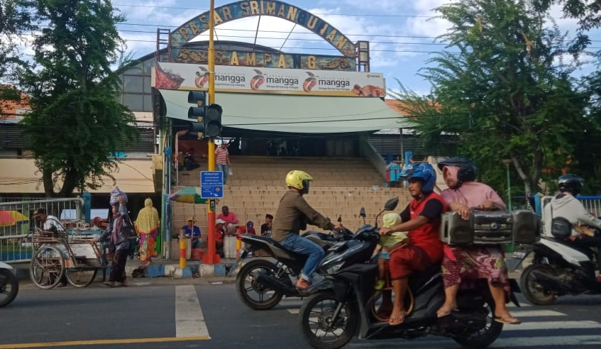 Sepeda Motor Pedagang Sepatu di Pasar Srimangunan Sampang Raib Digondol Maling